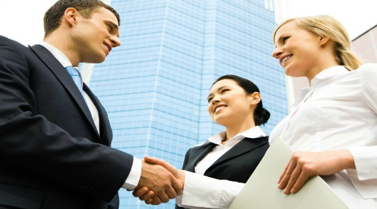 Managing the Risks of Early-Stage Marketing Outsourcing
